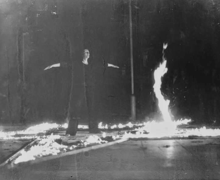 Works_Rhythm 5_1974 Belgrade_Marina Abramovi Satanic with high priestessc