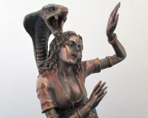 Pythia with the great Python | Source