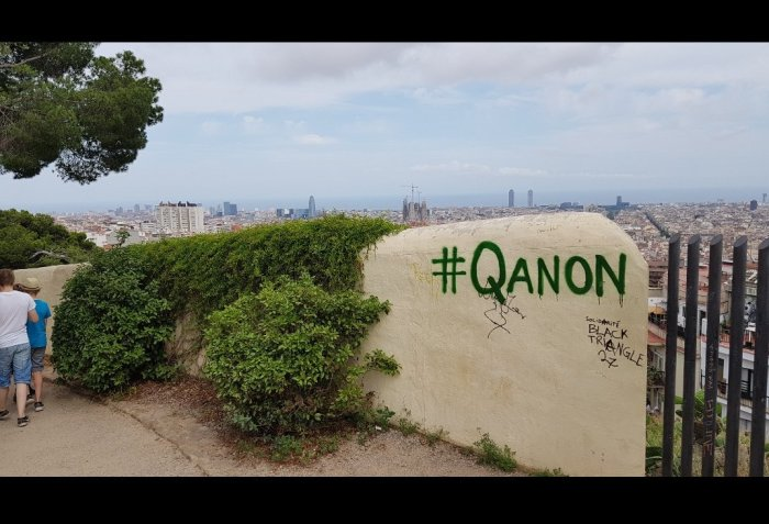 barcelona the world is watching qanon photo fake